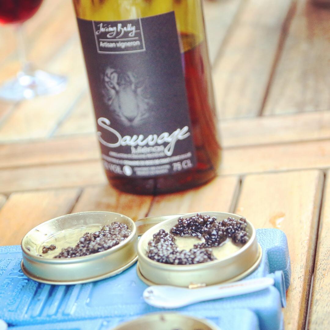 Read more about the article Soirée golf, caviar et Beaujolais